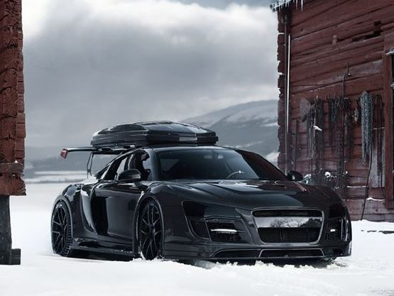 audi-r8-neige-ski-vacance-insolite-look