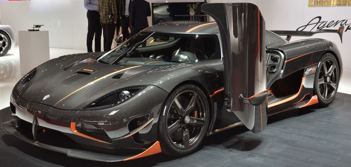 koenigsegg-agera-rs-voitures-plus-cheres-top-10
